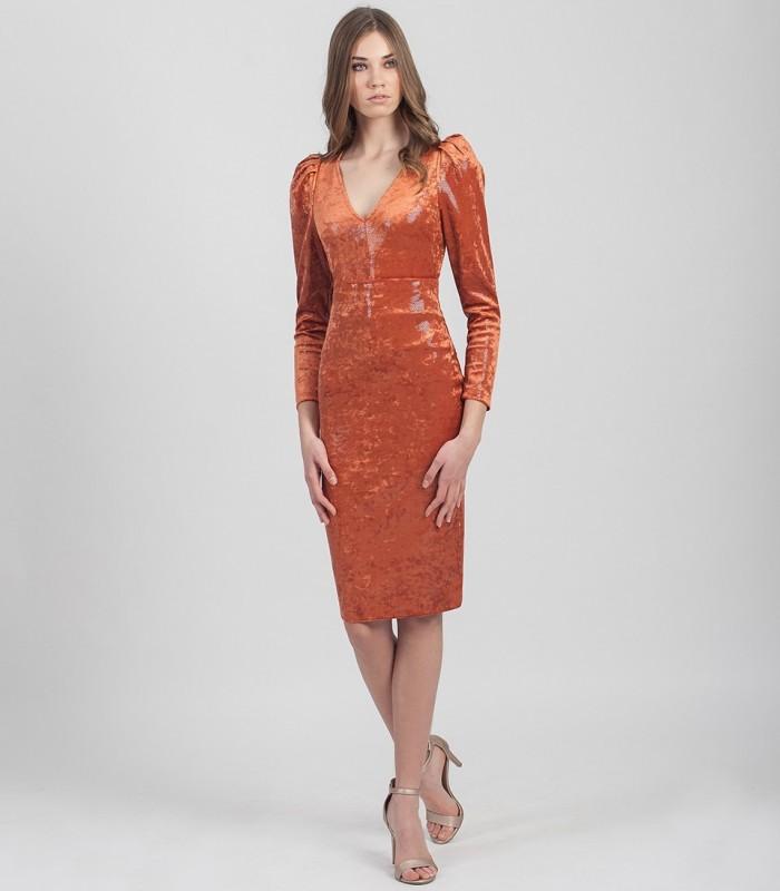 Short straight skirt in laminated velvet