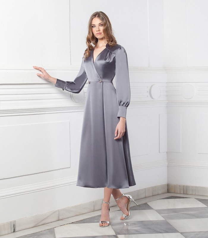 Midi dress with crossover neckline and gigot sleeves