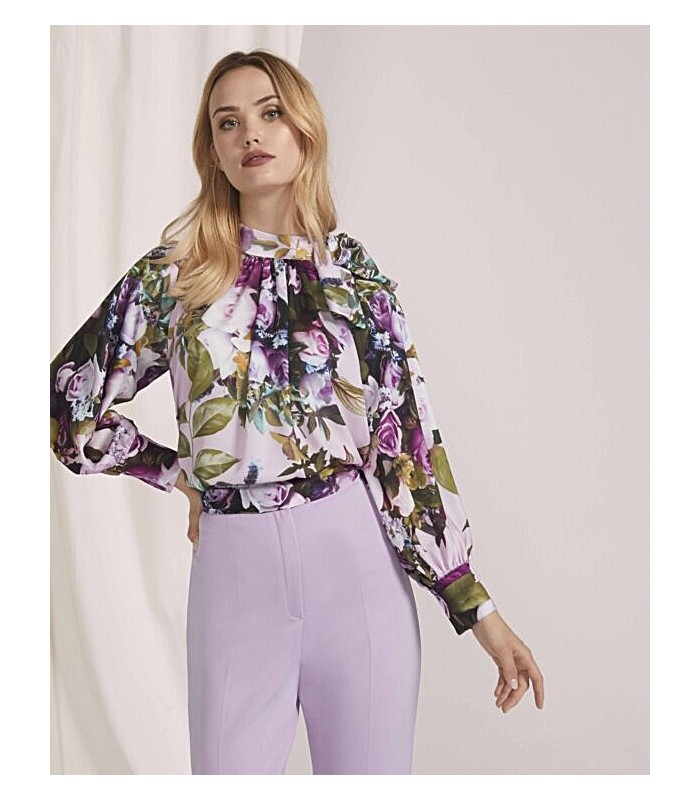 Set with gathered neckline with puff sleeve and plain skinny pants