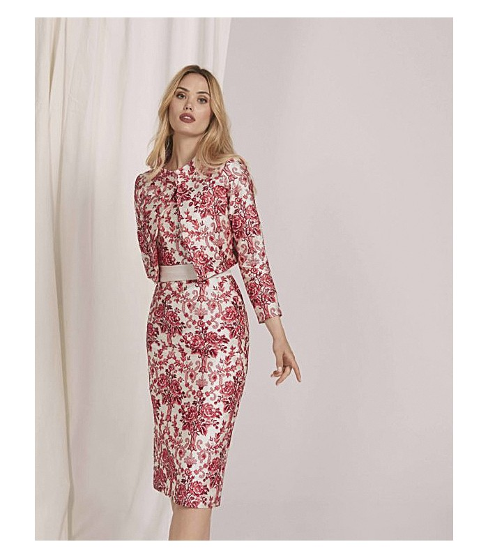 Vestido midi bordado con escote redondo con falda recta