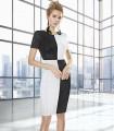Vestido corto de escote redondo y estampado de cuadros