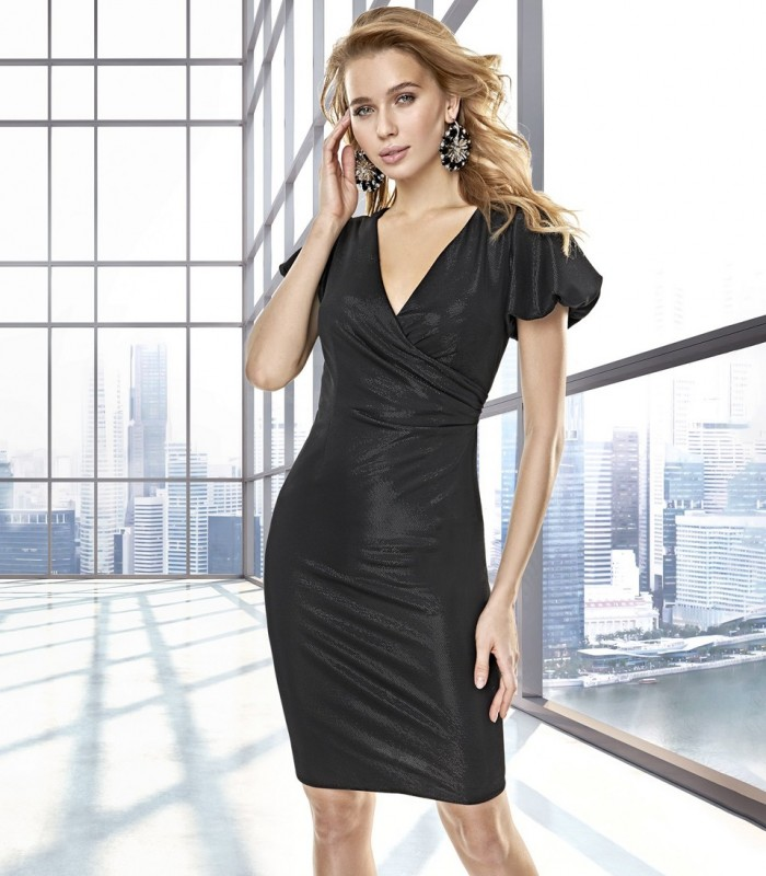 Short fitted dress with a crossover neckline and short sleeves