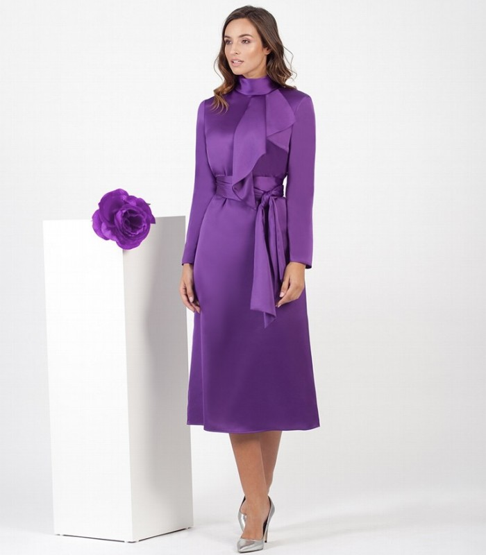 Satin Midi Dress with bow at the neck and bow at the waist
