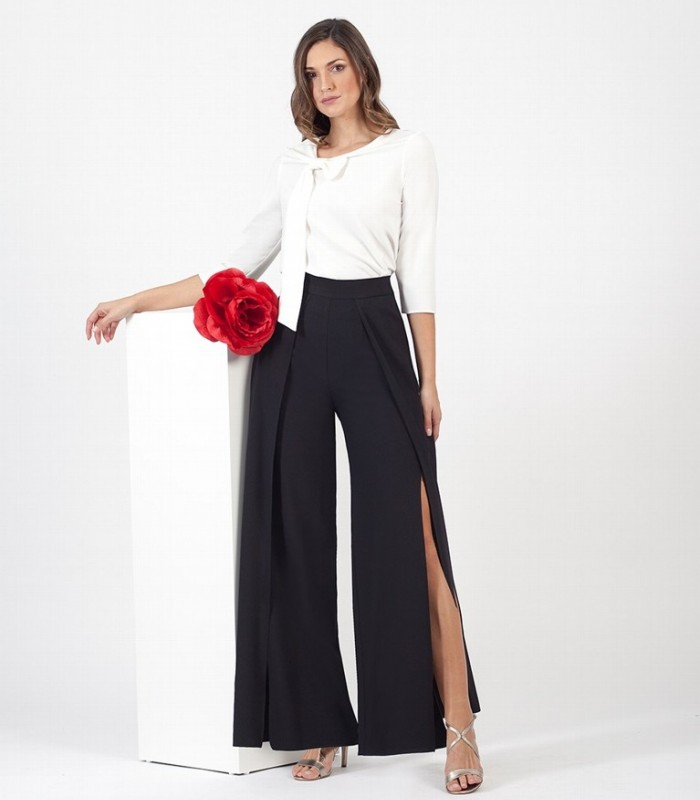 Plain blouse with bow neck and French sleeves