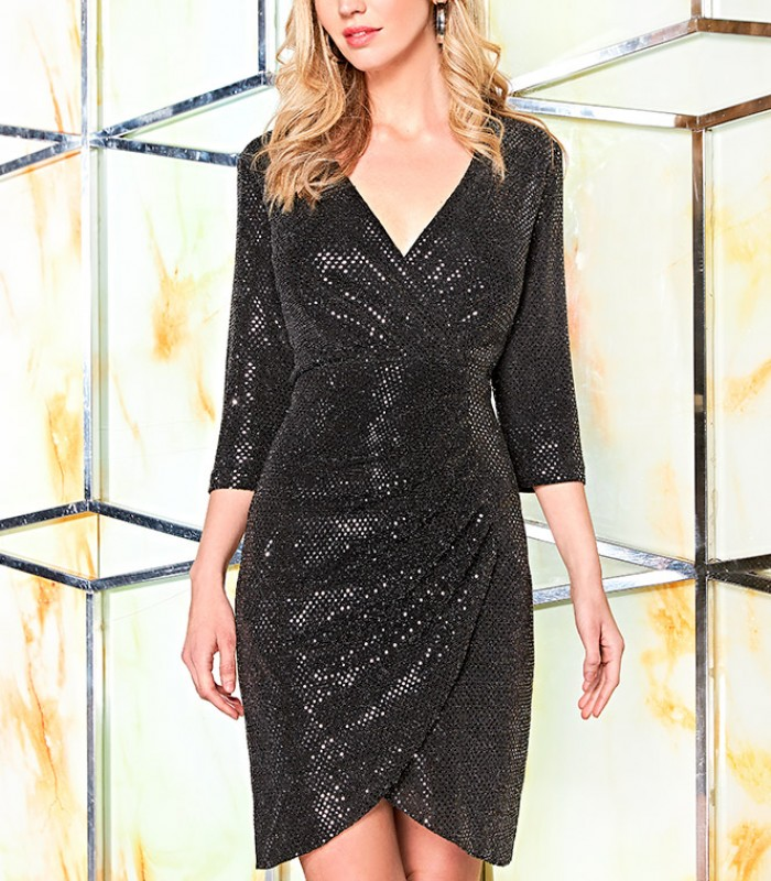 Shiny dress with wrap neckline and gathered at the hip