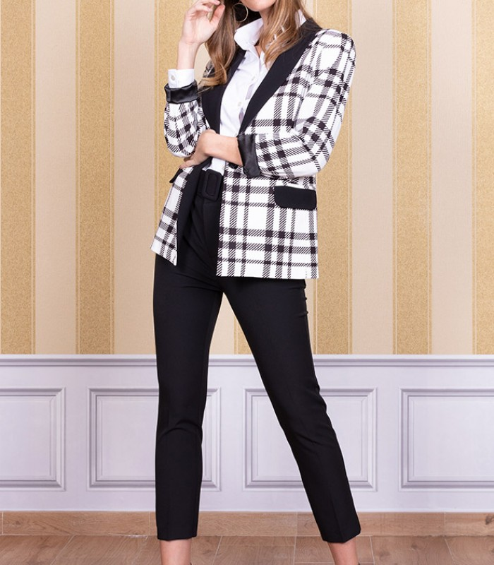 Tartan print blazer with French sleeves