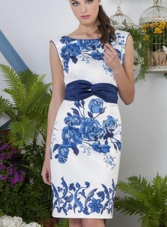 Vestido blanco sin mangas estampado flores azules