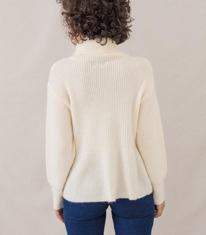 Jersey cálido de cuello tortuga con patrón de líneas