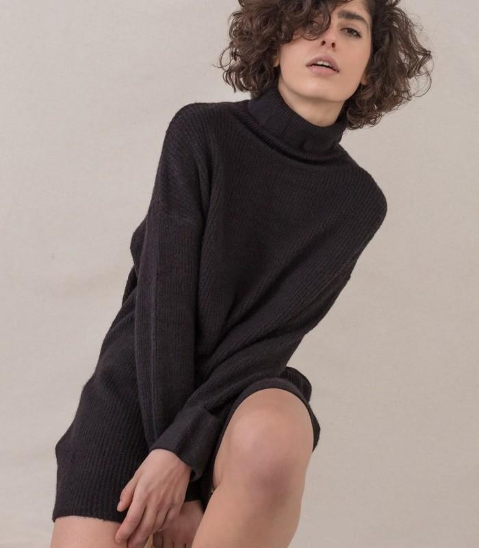 Short knit dress with turtleneck