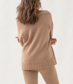Jersey de escote en pico estilo oversize con patrón de líneas