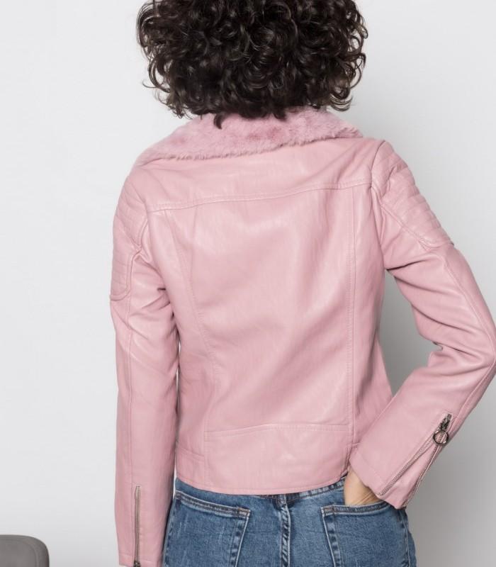 Cazadora rosa con cuello de solapa