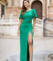 Vestido largo con detalle de hoja en cintura y abertura lateral