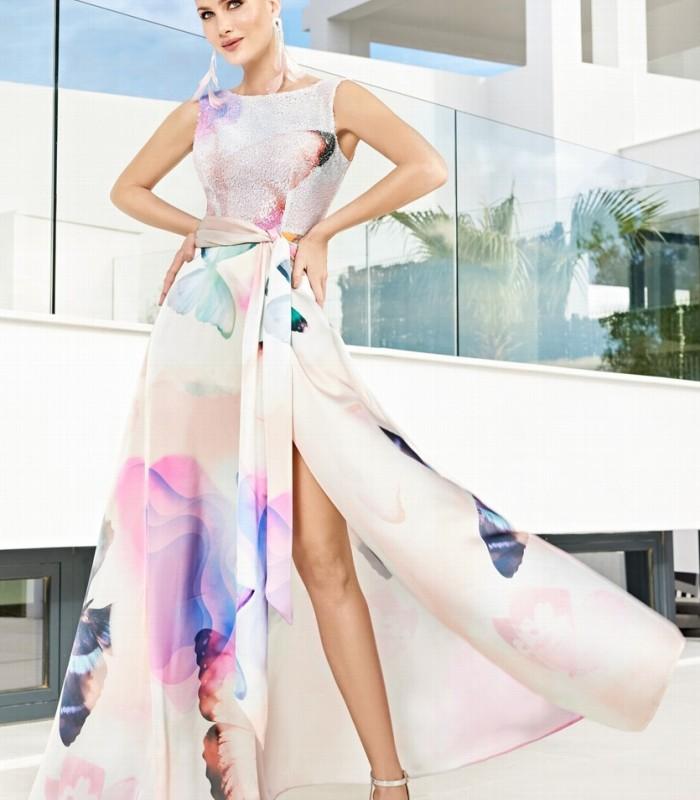Vestido largo estampado con escote redondo y abertura lateral