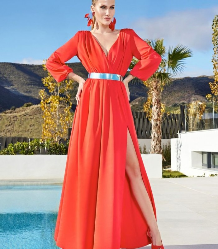Long flare dress with puff sleeves and belt