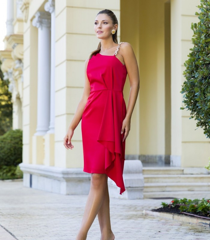 Asymmetric neckline dress with cut to the waist and side ruffle