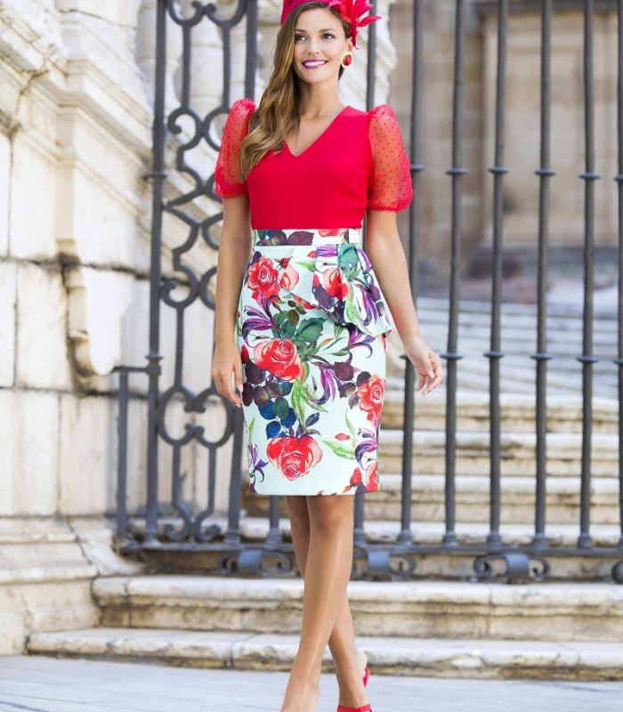 Short floral print skirt with ruffles on one side