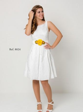 Vestido blanco vuelo