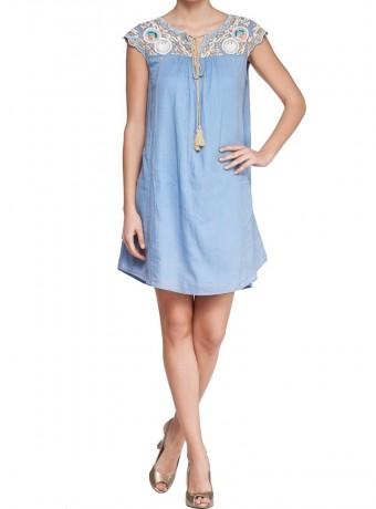Vestido  corte trapecio azul