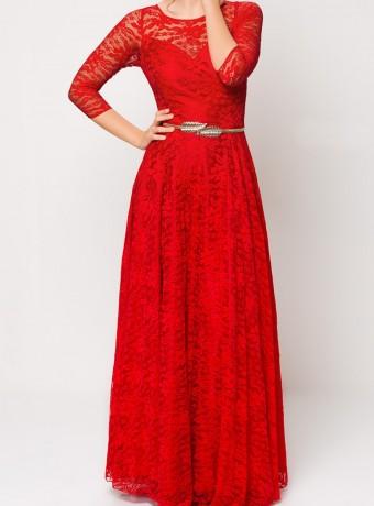 vestido largo rojo de blonda manga francesa
