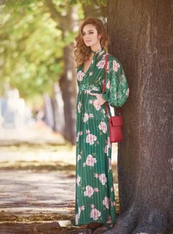 Vestido largo verde estampado en flores