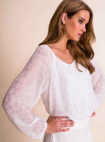 Top Almatrichi Lau white with long sleeves and v neck