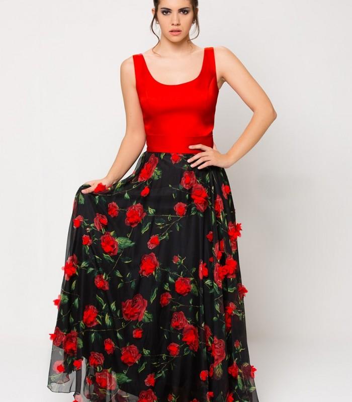 Vestido largo rojo y negro con flores en relieve