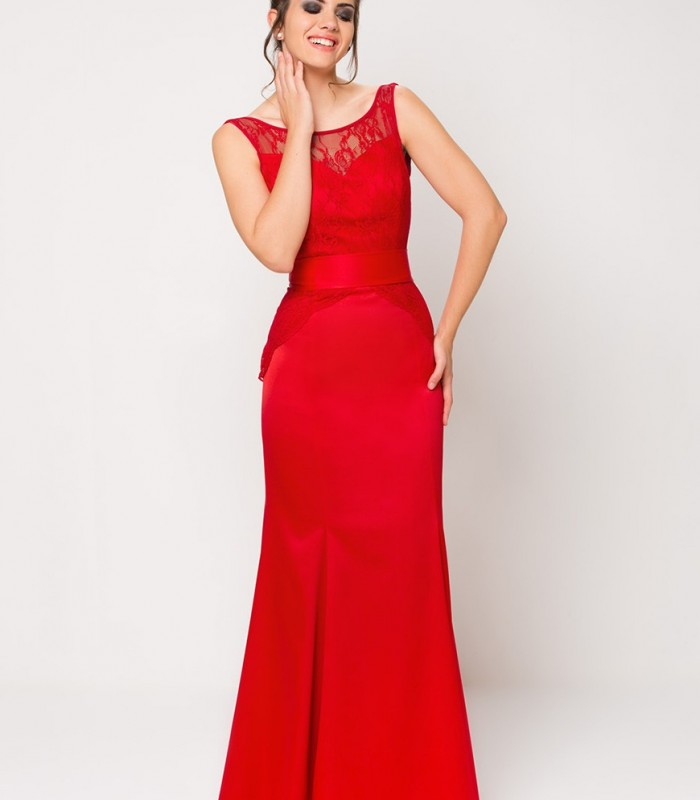 Red maxi mermaid gown
