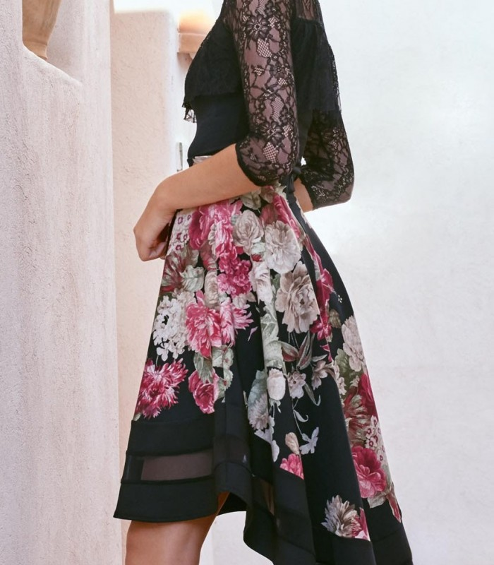 Print skirt Lorena black background