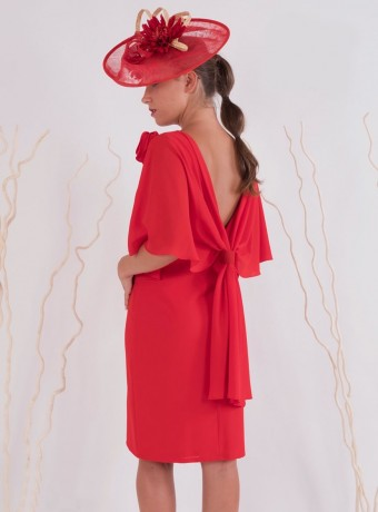 Straight backless red dress
