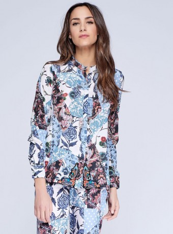 Colored blouse with floral print and long sleeves