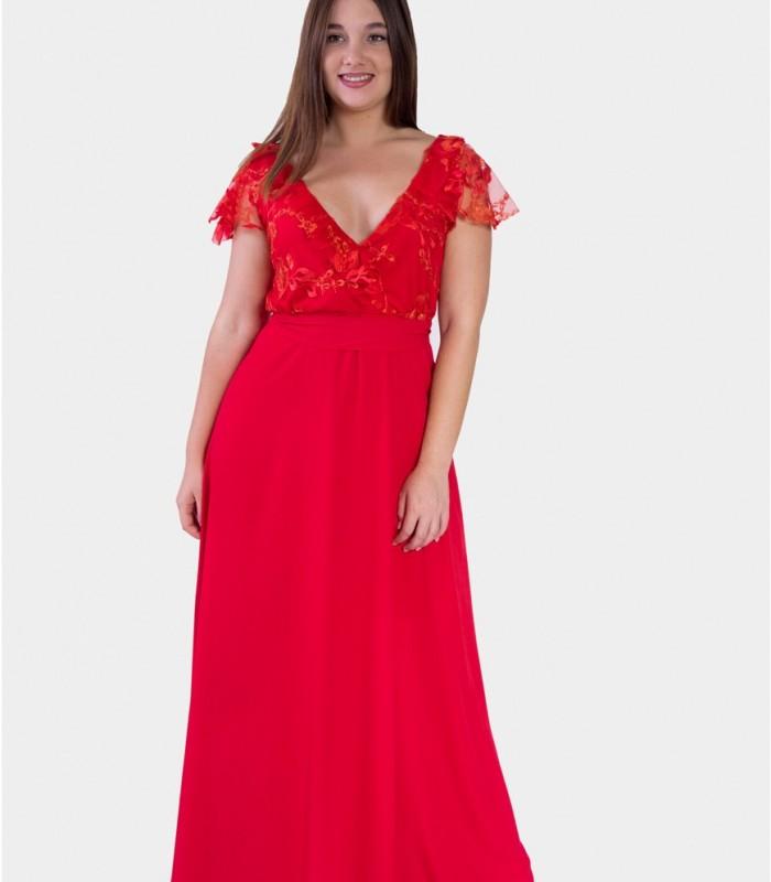 vestido largo con escote profundo en rojo